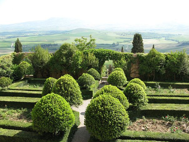 rossellino-le-jardin-du-pape-pie-ii-piccolomini-a-pienza-1450